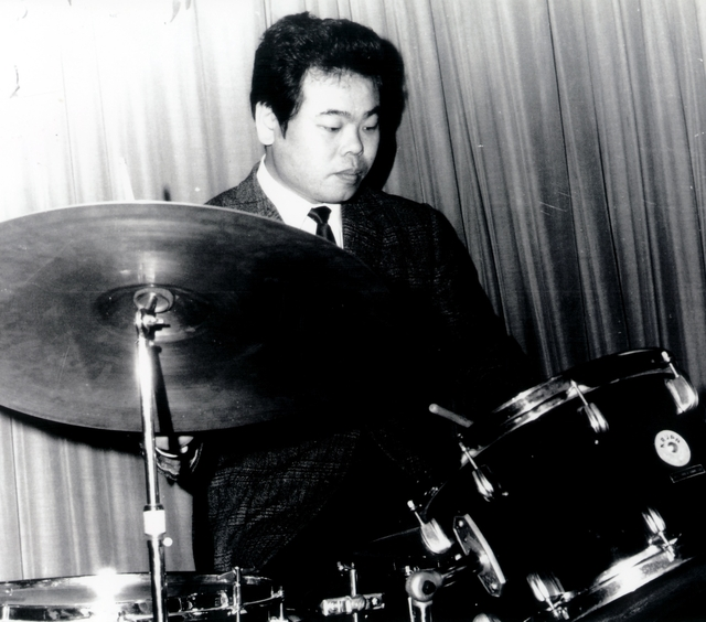 Daisuke Inoue at the drums